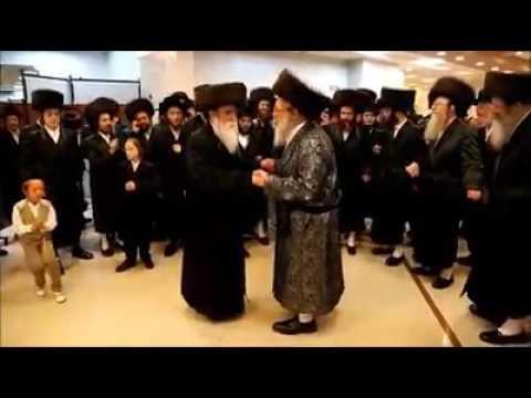 Mitzvah Tantz at Spinka Chasuna