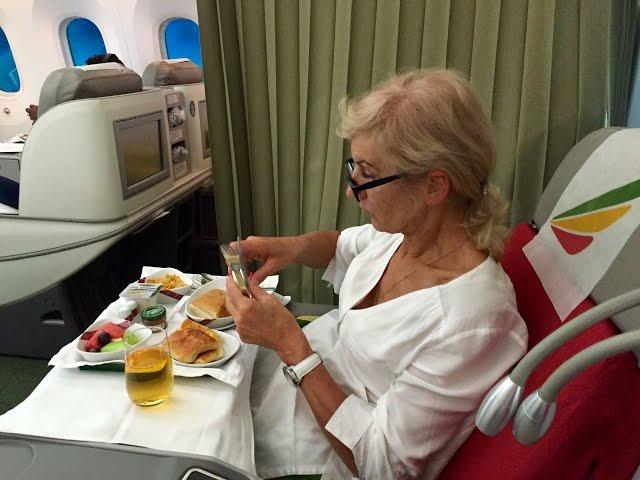 Pusryčiai Etiopijos Avialinijų lėktuve - Silvija Travel Tips