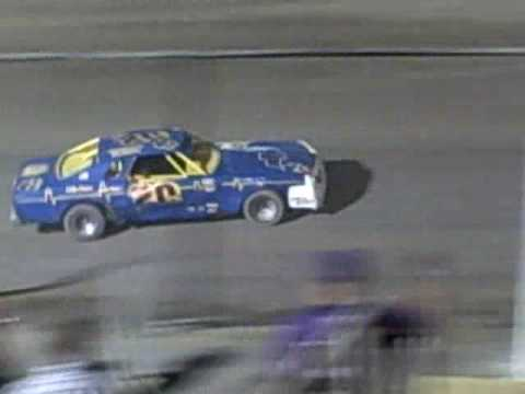 Mike wins IMCA Stock feature At Texas Thunder Speedway  August 29, 2009