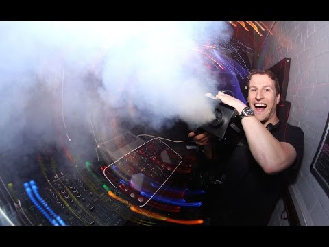 Avicii - Levels vs Robin S - Show Me Love into Flo Rida - Good Feeling (DJ Andrew Marston Mashup)