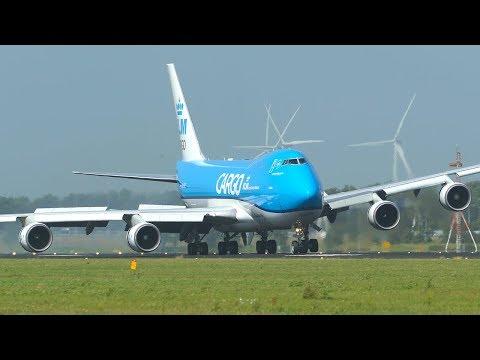 BOEING 747 ENGINE almost HIT THE GROUND after CROSSWIND LANDING (4K)