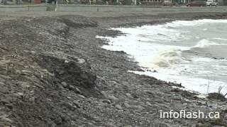 Ensablement sur la plage face a la promenade de la mer à Sainte-Luce-sur-Mer