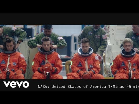 Mix - One Direction - Drag Me Down (Official Video)