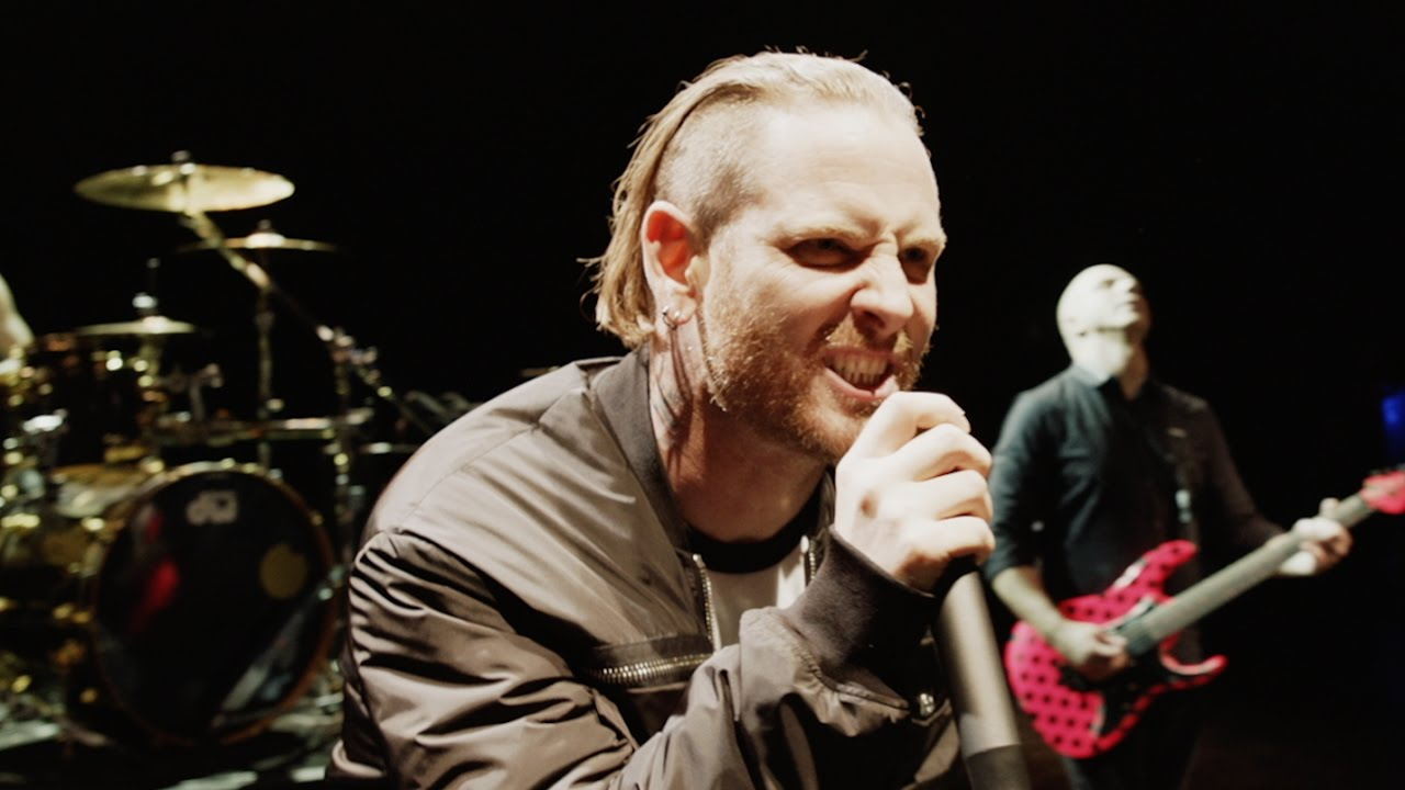 Stone Sour - Fabuless [OFFICIAL VIDEO] - YouTube