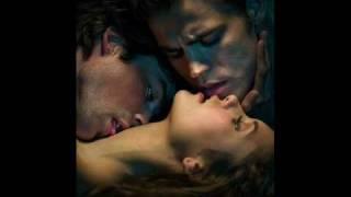 Jason Walker - Down (The Vampire Diaries S01E06)