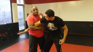 Knife Defense against back slash(A variation to a traditional Krav Maga technique., 2014-12-18T19:31:00.000Z)