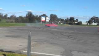 ben parks 504 gti 2 2 race car doing circle work