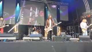 Nirvana uk....Nirvana tribute band - 'On a Plain' Glastonbudget 2014