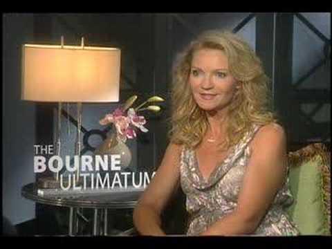 Joan Allen interview for The Bourne Ultimatum