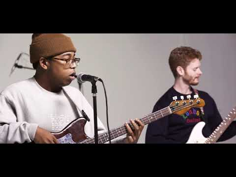 Download WILLIS - I Think I Like When It Rains (Live Session)