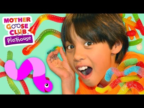 W Is for Worms | Nobody Likes Me | Mother Goose Club Playhouse Kids Video