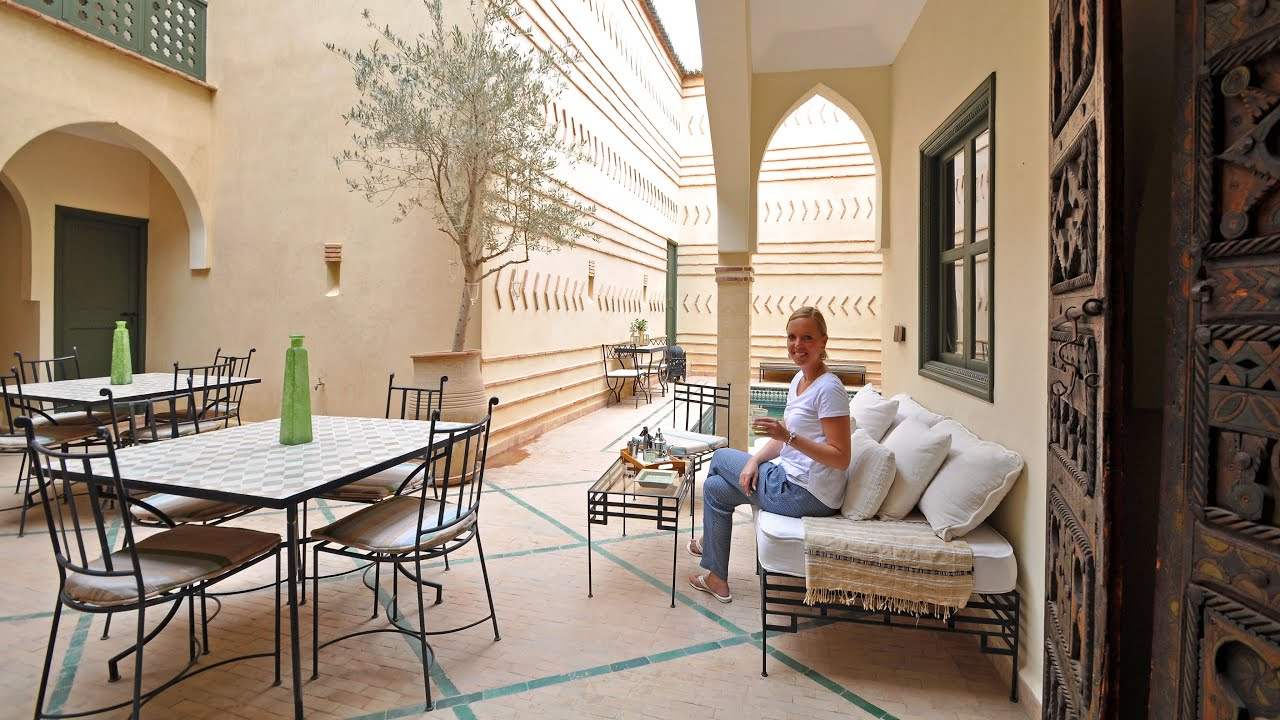 Taroudant city walk - travel Morocco