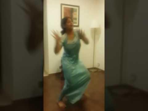 Dance in Night Dress 09803567d