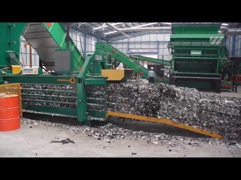 WEIMA PowerLine 3000 shreds industrial waste