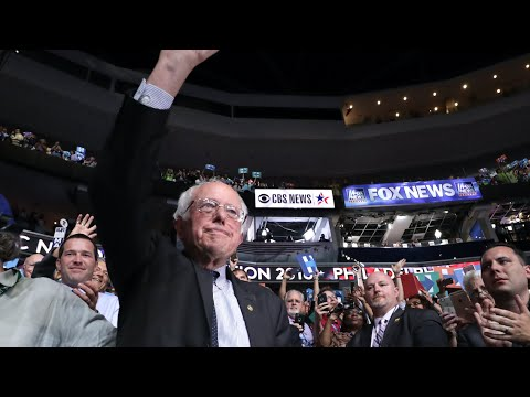 Sanders Motions to Declare Hillary Clinton the Democratic Nominee