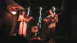 "Mandolin Orange, ""Wee Bird"" live @ White Mule"