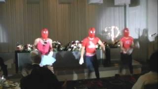 2011年9月10日 2人の結婚式の余興に踊りました。
