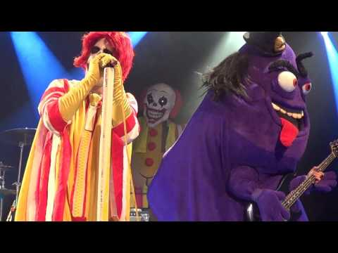 Hammer - Why Am I Just Now Hearing Of Mac Sabbath???