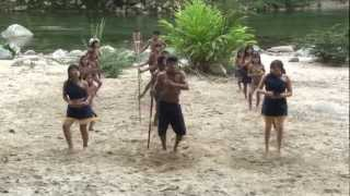 GRUPO  DE DANZA AMAZONICO SACHASAMA HOSTERÍA RUMI YAKU