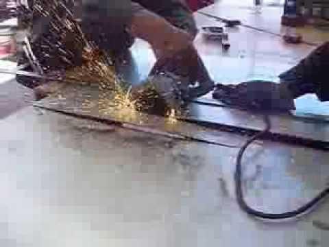 Cortes en l mina de acero inoxidable youtube - Laminas de acero inoxidable para cocinas ...