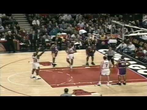 Michael Jordan - MJ v Kobe (1st meeting) 1996
