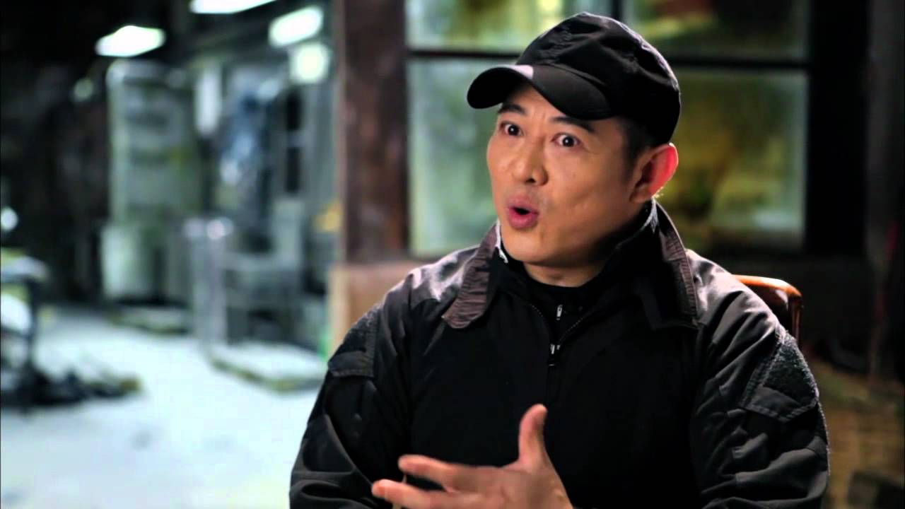 the expendables 2 behind the scenes & interviews - youtube