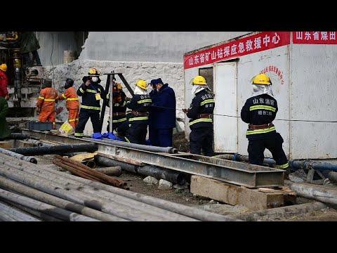 وفاة أحد العمال المحاصرين في منجم الذهب في الصين وفرق الانقاذ تسابق الزمن لإنقاذ الآخرين…  - 11:59-2021 / 1 / 21