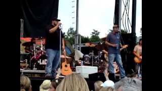 The LACS ~ Let Your Country Hang Out