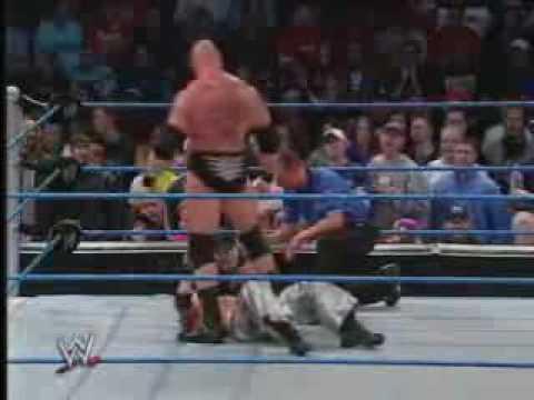 Download WWE Smackdown  - Brock Lesnar vs Rey Mysterio.3gp