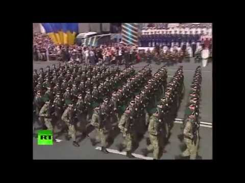 Kiev holds parade as military op shatters war-torn E. Ukraine