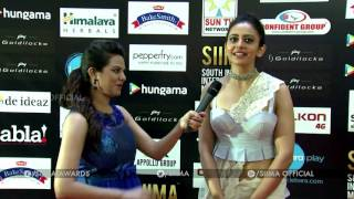 Rakul Preet Singh At SIIMA 2016 - Tamil Red Carpet