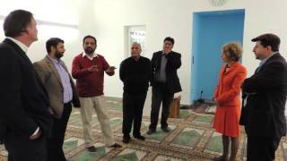 Mayor of Zurich visits Mahmud Mosque (Urdu)
