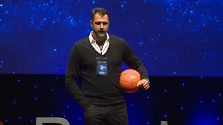 Eski Basketbolcu | Former Basketball Player | 2018 | TEDxReset | Mehmet Okur