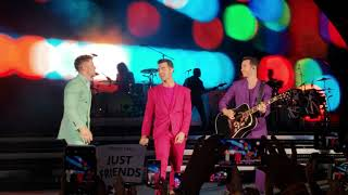 Jonas Brothers - Rollercoaster (Live At Hollywood Bowl Night #1)