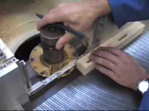Fabrication d'un meuble en bois vidéos 4 sur 5