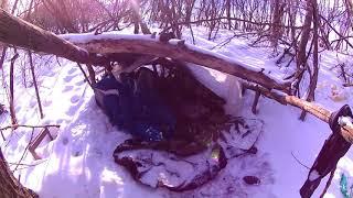 Отшельник ШамильСаша налаживает быт в лесополосе трассы Рузаевка Саранск.Мордовия