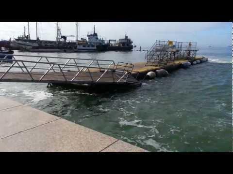 Rough Seas damage jetty @ Port of Spain Harbour [Jan 2013]
