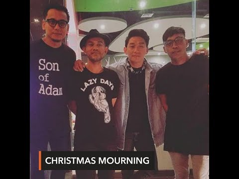 Indonesian pop group singer to bury wife killed in tsunami