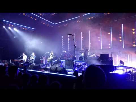Mumford & Sons - The Wolf (20/05/2016 - Live in Prague)