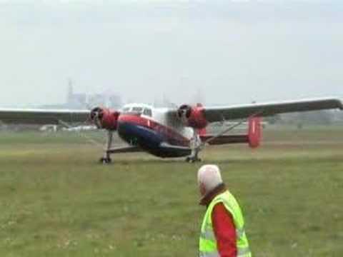 Twin Pioneer crosswind landing