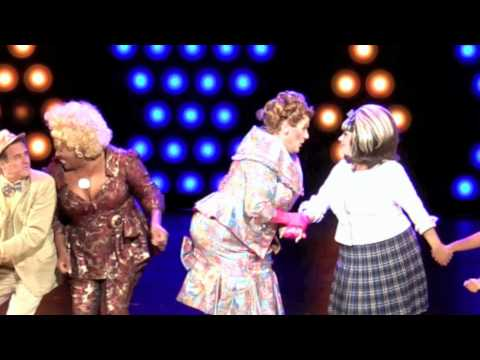 Jim J. Bullock is Edna is Musical Theatre West's HAIRSPRAY