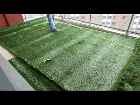 Tutoriel pose gazon artificiel sur terrasses by greenside for Pose carrelage exterieur sur dalle beton