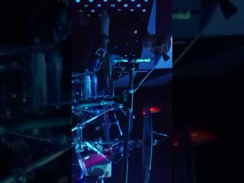 Anda Moel Drumcam Cover Coke Bottle -Agnez mo with Locomotive Band Jkt @Mekar Club Lombok