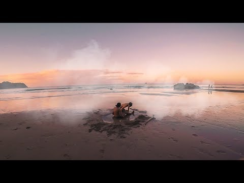 MIND BLOWING HOT WATER BEACH | New Zealand Cinematic Vlog 9