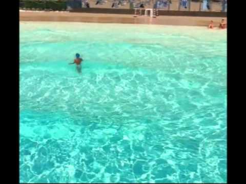 Realizzazione gioco di onde piscina youtube for Gioco di piscine