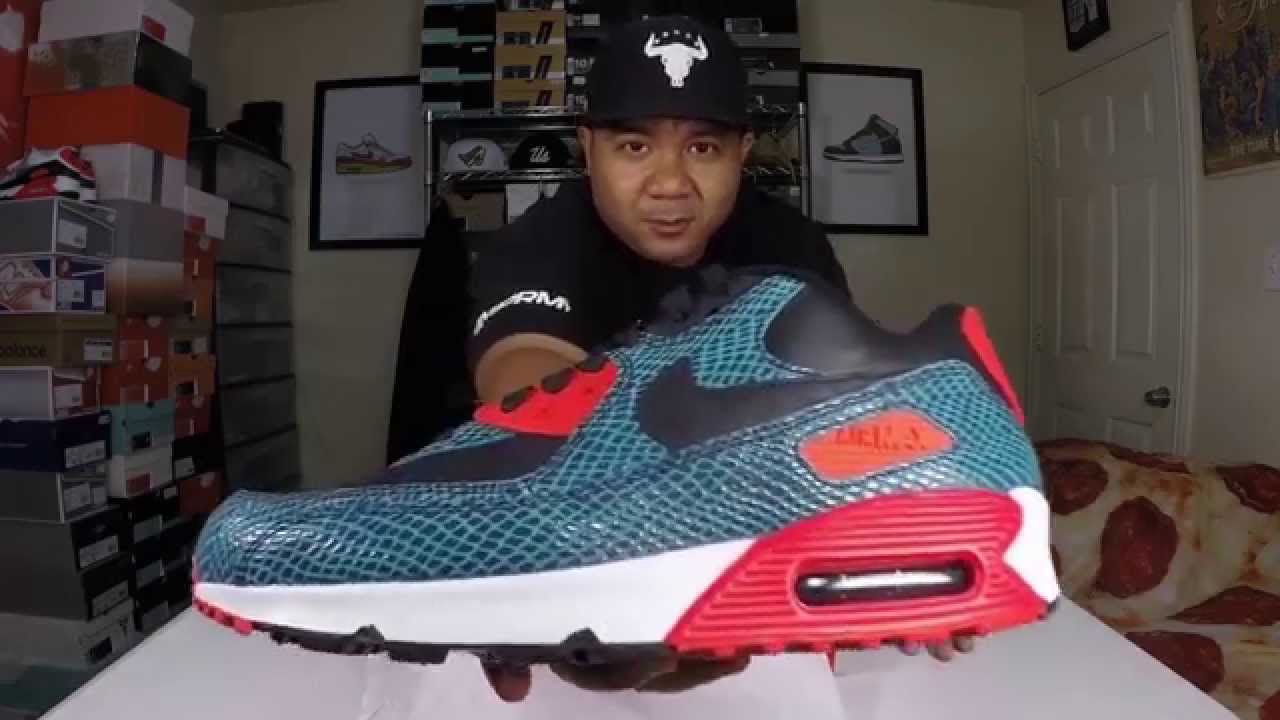new style efab9 a5d57 Nike Air Max 90 Snake Blue Review