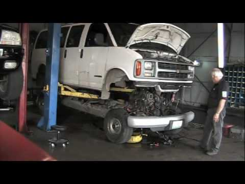 Pulling the engine on a snub nosed van - YouTube