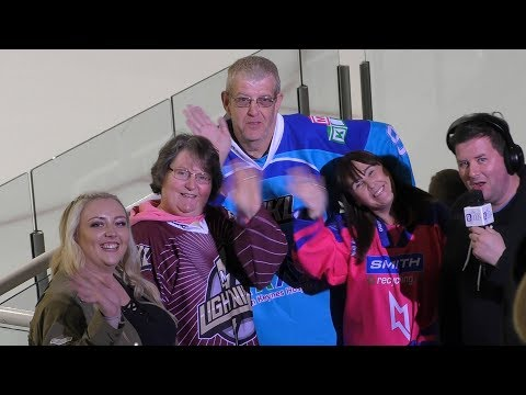 01/10/2017 - Milton Keynes Lightning fans (& Stewart Robertson?!)