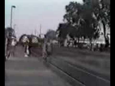 Download REAL TRAIN ATTACK BE ALERT - 3gp Videos   3gp Movies.flv