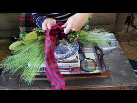 Decorate A  Coffee Table For Christmas  / Christmas Decor DIY / How To Ideas And Easy Steps